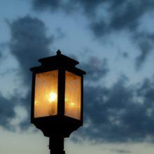 Contes en plein air, cet automne, la nuit, à Neuchâtel